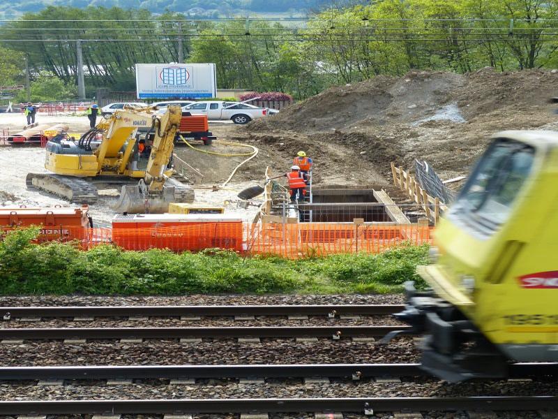 Rammung unter Bahngleis, steel pipe ramming underneath the railway © TERRA AG, Reiden, Switzerland