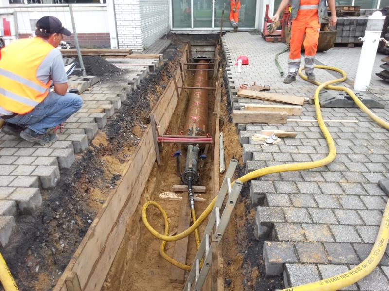 Rammung einer Abwasserleitung, ramming of sewer line  © TERRA AG, Reiden, Switzerland