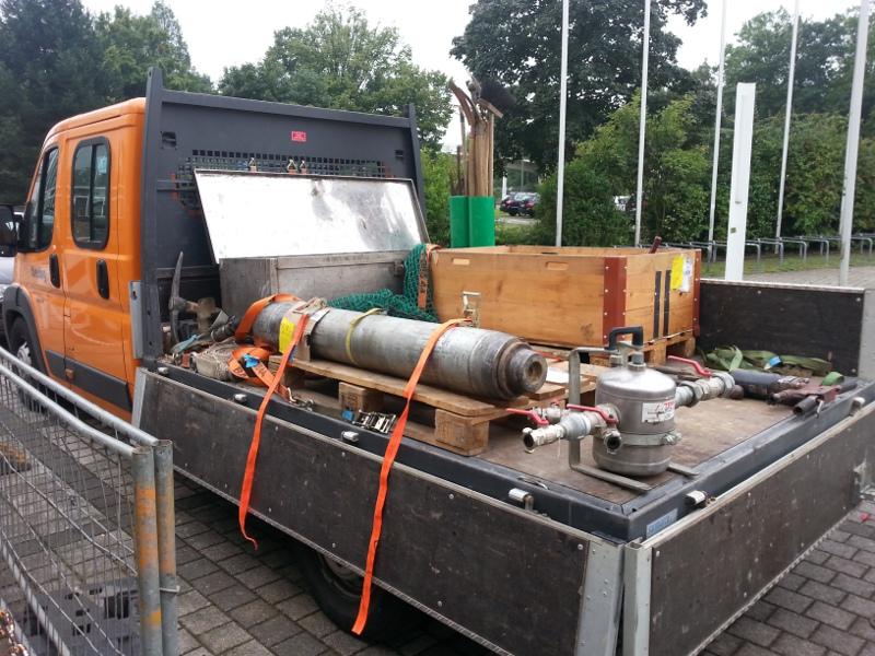 Bohrgerät und Zubehör auf LKW, drilling equipment on a truck © TERRA AG, Reiden, Switzerland