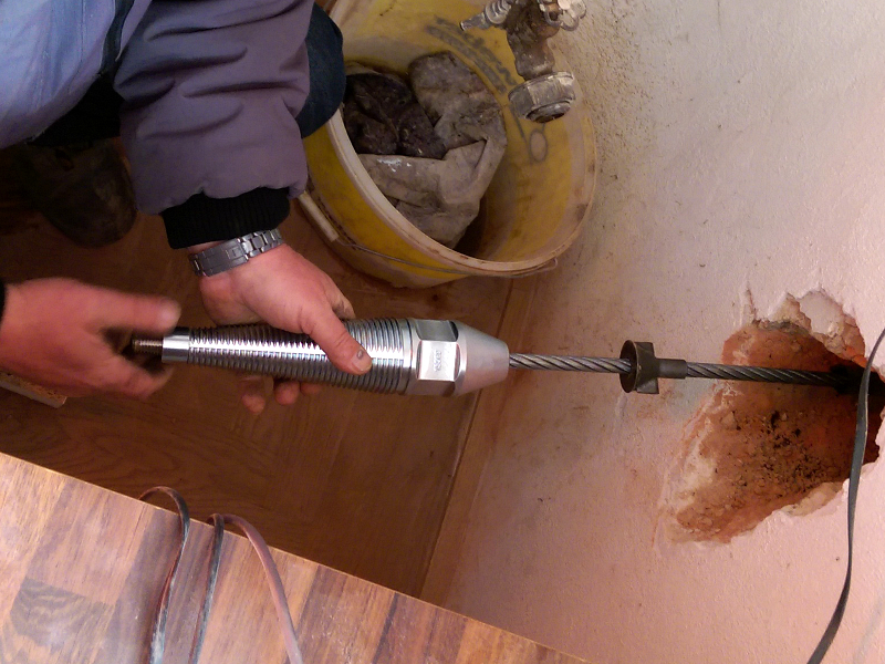 PE pipe renewal for house connections with cable burster TERRA X 100, pic 3